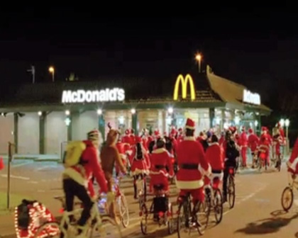 "MCDONALDS ""CYCLING SANTAS"""